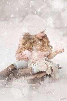 Winter Wonderland by Sandra Bianco Photography Christmas Photography, Winter Photography, Children Photography, Sweets Photography, Outdoor Photography, Photography Props, Winter Wonderland, Cute Kids, Cute Babies