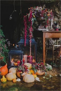 boho rustic pumpkin decor #fallwedding @weddingchicks
