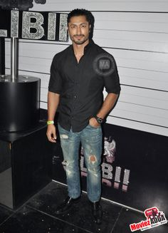Vidyut Jamwal at Club Alibii Bollywood News, Button Down Shirt, Men Casual, Sporty, Inspirational, Club, Rock, Mens Tops, Style