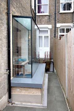 Bay Window Ideas Blending Functionality with Modern Interior Design Extension Veranda, House Extension Design, Glass Extension, Extension Designs, House Design, Extension Plans, Extension Google, Side Return Extension, Rear Extension