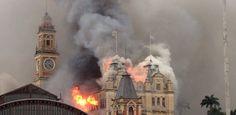 Incêndio de grandes proporções atinge o Museu da Língua Portuguesa, em SP