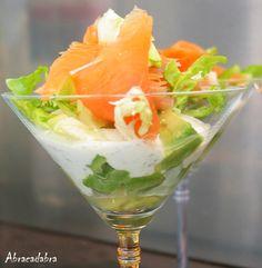 #smoked #salmon #avocado #lettuce #yogurt #dressing #dill #lemon