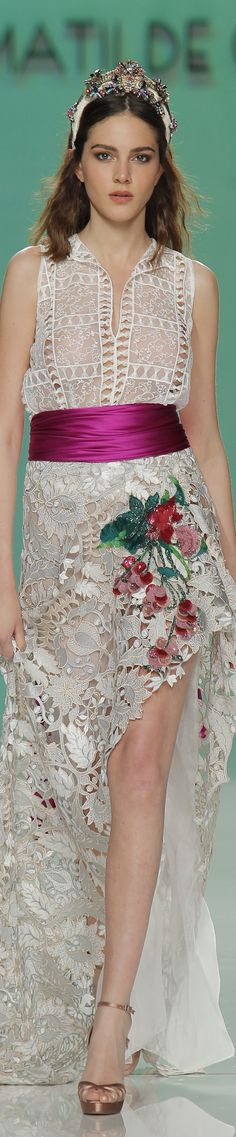 Matilde Cano Bridal spring 2018 Barcelona Bridal Fashion Week