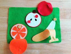 ボタンをはずして、めしあがれ。 #福岡幼児教室#レクルン#福岡天神#天神西通り#岩田屋そば #手作りおもちゃ#handmade#ハンドメイド#フェルトおもちゃ #くだもの#ボタンの練習#2歳#3歳 #子どもってどうしてあんなにバナナが好きなのか