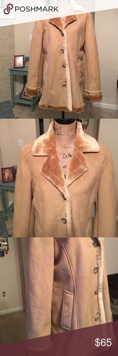 Nine West Thigh Length Faux Lined Coat Has been gently used.  This warm and cozy jacket is perfect for the coming winter.  Size M Nine West Jackets & Coats Trench Coats