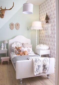 Schattige #kinderkamer in hertenstijl van Saartje Prum | Cute #kidsroom in deer style