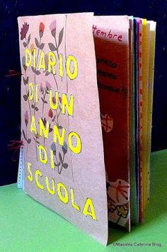 Un diario... - per valorizzare momenti importanti (che non fanno parte dei progetti in corso), - per ripercorrere le esperienze... Last Day Of School, Pre School, Social Service Jobs, Love Journal, English Worksheets For Kids, D Book, Maila, Cooperative Learning, Forest School