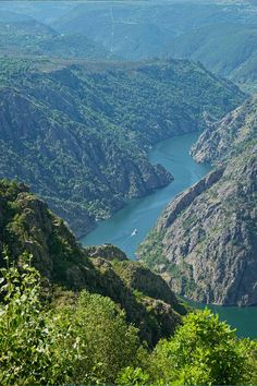 Spain, Galicia, View from Mirador de cabezoas to Canon del sil Rivera, Spanish Towns, South Of Spain, Beautiful Sites, World Photo, Spain And Portugal, Spain Travel, Wonders Of The World, Places To Visit