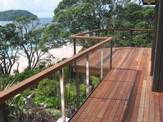 Stainless steel balustrades with wire rigging Deck Balustrade Ideas, Wire Balustrade, Balcony Railing Design, Deck Railings, Bridge Design, Fence Design, Fancy Fence, Stainless Steel Balustrade, Decking