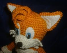 I guess I couldn't make sonic without Tails to travel with him. I have to say that even though the pattern seems complex when you'r. Doll Patterns Free, Amigurumi Patterns, Free Pattern, Crochet Patterns, Baby Blanket Crochet, Crochet Baby, Crochet Neck Warmer, Crochet Animals, Crochet Dolls