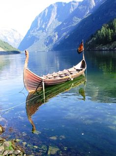 Bergen, Norway. Repinned by neafamily.com.