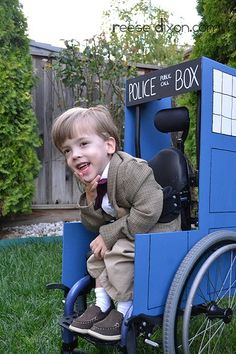 Dr who wheelchair costume for Sci-Fi fans - one of the sweetest things I have ever seen! (HOT DAMN!)