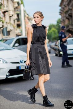 A Russian street style star and wife of billionaire Alexander Lebedev, Elena Perminova is of the regularly snapped women at Fashion Week around the globe as her beauty is rarely seen without a full off-the-runway ensemble. Looking for inspiration how to...