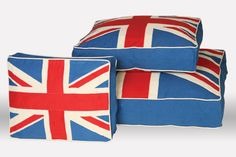 Designer Union Jack Dog Beds. Would love it if these were a bit distressed.