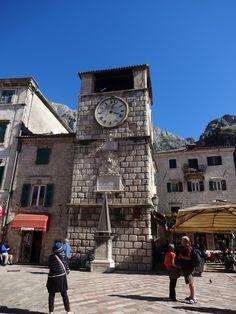 Montenegro-relógio da praça-Kotor