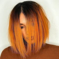 Very stylish red balayage short hair. Very stylish red balayage short hair. Orange Ombre Hair, Yellow Hair, Flame Hair, Peinados Pin Up, Copper Hair, Coloured Hair, Dye My Hair, Funky Hairstyles, Hair Makeup