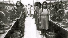 Pergola. 1935 - Operaie della Filanda 'Ferroni' Pergola, Dresses, Fashion, Photos, Branding, Vestidos, Moda, Outdoor Pergola, Fasion