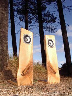 "Képtalálat a következőre: ""open baffle"" Wooden Speaker Stands, Wooden Speakers, Built In Speakers, Open Baffle Speakers, Hifi Speakers, Hifi Audio, Audio Design, Speaker Design, Sound Speaker"