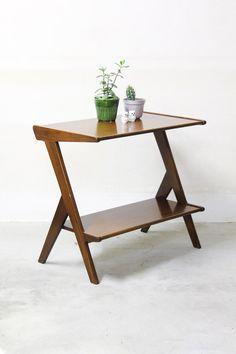 Jaren 60 Dutch design sidetable teak Decor, Side Table, Table, Wallpaper, Furniture, Wallpaper Backgrounds, Home Decor, Vintage