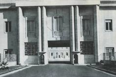 "Italian army. Pisa, 1977 - ""Gamerra"" Barracks Headquarters of the Military Parachuting School (S.MI.PAR)"