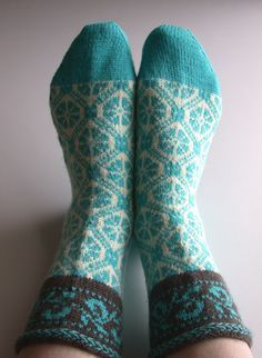 Around the World in Knitted Socks: 26 Inspired Designs, snoozecow's Estonian traditional motif socks,