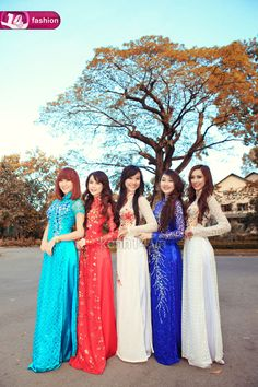 idk It might be interestingly symbolic to have an ao dai-inspired prom dress; a youthful East meets West sort of idea.
