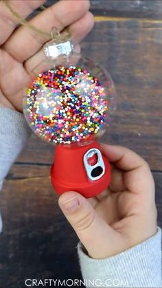 DIY Gumball Machine Ornaments- fun christmas craft idea for .- DIY Gumball Machine Ornaments- fun christmas craft idea for kids to make. Cute christmas ornaments to make! Mini flower pots and clear ornament idea. Christmas Ornaments To Make, Easy Christmas Crafts, Simple Christmas, Diy Ornaments, Christmas Christmas, House Ornaments, Christmas Neighbor, Modern Christmas, Homemade Ornaments