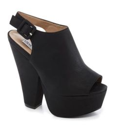 Steve Madden Gabby Platform Pumps..newest pair of shoes added to my collection