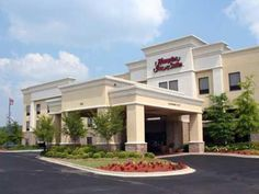 Birmingham (AL) Hampton Inn and Suites Birmingham Pelham United States, North America The 2.5-star Hampton Inn and Suites Birmingham Pelham offers comfort and convenience whether you're on business or holiday in Birmingham (AL). The hotel has everything you need for a comfortable stay. Service-minded staff will welcome and guide you at the Hampton Inn and Suites Birmingham Pelham. Designed for comfort, selected guestrooms offer television LCD/plasma screen, whirlpool bathtub, ...