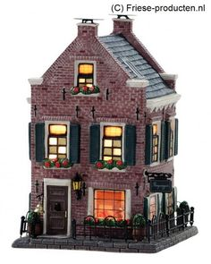 Villas, Seaside Village, Ceramic Houses, Christmas Villages, Miniature Houses, Winter Cards, Tiny House, Diy And Crafts, Cabin