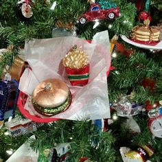 TGIF.  Have a great day everyone.  #glassornaments #polishornaments #christmas #foodies #burger #christmastree #instachristmas  @myrustychandelier  @glass_christmas_ornaments