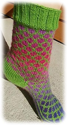 Ravelry: Dot Sock by Deborah Tomasello
