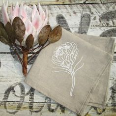 Until quite recently, I wasn't a big fan of proteas. I felt that they were a bit fuddy duddy, not as cool as lillies or as pretty as. Protea Art, Protea Flower, Embroidery Patterns, Machine Embroidery, Mochila Crochet, Crochet Bags, Paper Art, Paper Crafts, Sewing For Kids
