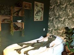 Boy Toddler Bedroom, Kids Bedroom, Dinosaur Room Decor, Bed Wall, Kidsroom, New Room, Sweet Home, Furniture, Gaston