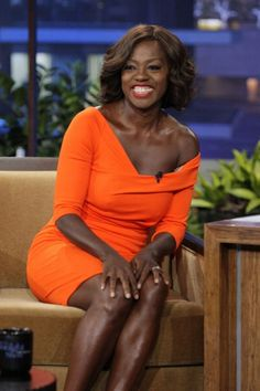 Viola Davis on Jay Leno in a @KevanHallDesign orange jersey dress. I need this in every color. Sick. #fashion