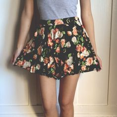 Flower Shorts Super cute flower SHORTS. Great for summer/spring! A pop of cute details for your everyday outfit :) Dresses