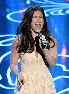Idina Menzel, performing Let It Go #Oscars
