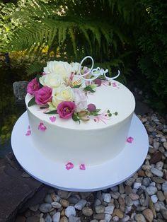 Vanilla Cake, Desserts, Food, Vanilla Sponge Cake, Meal, Deserts, Essen, Hoods, Dessert