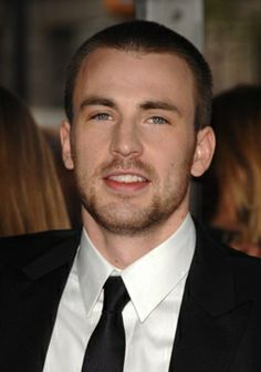 """Chris Evans is the perfect man - goofy, sexy, & not the typical """"pretty-boy"""" type. He's awesome!"""