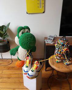 Living the LEGO lifestyle : @juju_le_bellevillois. Follow @brickinspired for more #LEGO inspiration! #brickinspired Amazing Lego Creations, Lifestyle, Inspiration, Biblical Inspiration, Inspirational, Inhalation