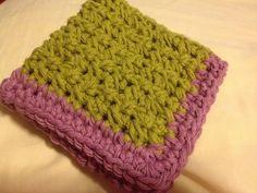 Two-Color Crochet Dishcloth - Free Crochet Pattern - Jeris Swanhorst. SC Cross Stitch