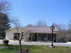 House for sale at 2098 Alloway Rd., Alloway, TN 37337  - Zaglist.com® #HouseForSale #House #ForSale #Realestate #Zaglist #Alloway Find Property, Property For Sale, Cumberland County, Land For Sale, Townhouse, Real Estate, Outdoor Decor, Home Decor, Decoration Home