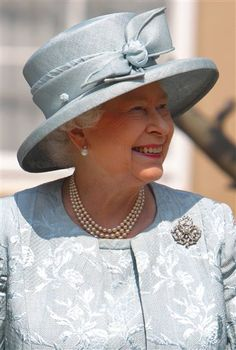 The Queen in pale blue- she looks so nice here.