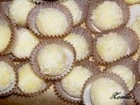 Dorty, řezy, dobroty - Recepty - Vánoční cukroví nepečené Muffin, Breakfast, Food, Photograph Album, Morning Coffee, Essen, Muffins, Meals, Cupcakes