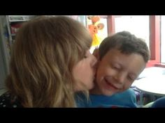 Taylor Swift Sings with Leukemia Patient - Celebrity Diagnosis Taylor Swift Youtube, Taylor Swift Fan, Taylor Alison Swift, Country Girl Style, Country Girls, Country Music, Shes Amazing, Country Artists, Country