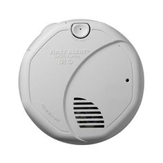 First Alert SA3206FBA Battery Powered Dual Sensor Smoke Alarm