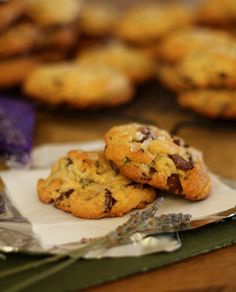 Lavender Chocolate Chip Cookies | http://www.theroastedroot.net