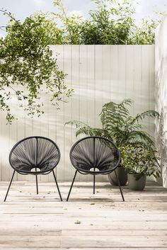 Hippe zwarte tuinstoelen | Trendy black lawn chair | KARWEI 3-2018 #outdoorspaces