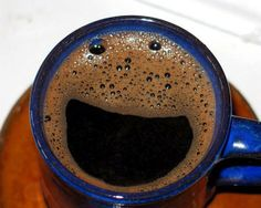 a happy cup! Happy Cup, Happy Coffee, I Love Coffee, My Coffee, Coffee Shop, Coffee Art, Morning Coffee, Coffee Time, Coffee Cups