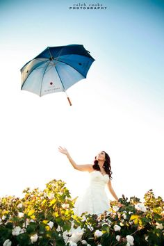 Umbrella. Rock The Dress, Caleb Cooke Photography